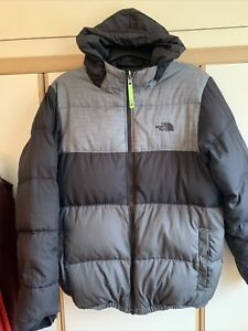 The North Face Reversible Puffer Jacket. Boys Size XL - Black