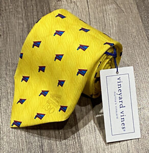 NEW NWT vineyard vines MARTHA'S LAW COUNSELLORS THEMED CLASSIC LENGTH NECK TIE