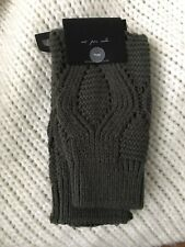 URBAN OUTFITTERS OUT FROM UNDER DARK GREEN CABLE KNIT LEG WARMERS NWT ONE SIZE