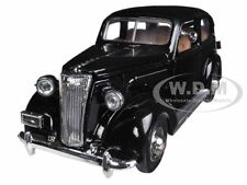 1937 CHEVROLET MASTER DELUXE TOWN SEDAN BLACK 1/32 MODEL CAR BY NEW RAY 55183