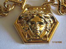 $1750 AUTH. NWT VERSACE  GOLD MEDUSA MEDALLION CHUNKY PENDANT CHAIN NECKLACE