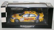 Voitures de courses miniatures jaune sous boîte fermée Peugeot