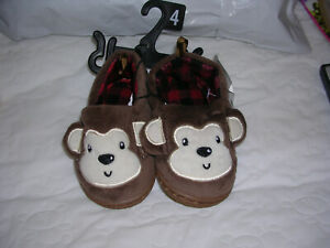 Infant slippers size 4 NWT