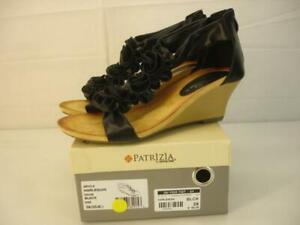 Women's 8.5 sz 39 Patrizia by Spring Step Harlequin Black Floral T-Strap Sandals