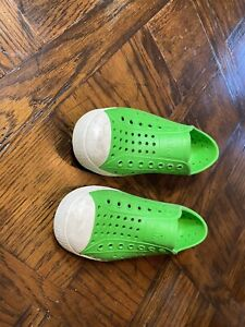 Native Green Shoes C13
