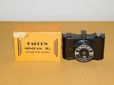 VINTAGE PHOTOGRAPHY FALCON MINICAM JR. CANDID TYPE CAMERA IN BOX