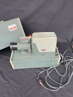 Argus 300 Manual Slide Projector/ Carrying Case And Tested