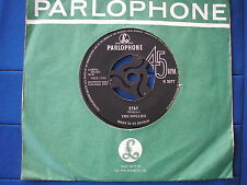 HOLLIES - STAY / NOWS THE TIME - Parlophone R5077