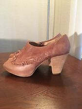 WOMENS ANTHROPOLOGIE MISS ALBRIGHT PEEP TOE RUFFLE BOOTIE SHOES SZ 9 B Euro 39