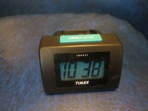 Vintage TIMEX INDIGLO Night Light Travel Bedside Digital Alarm Clock