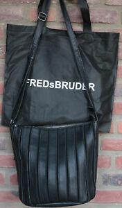 Fred's Bruder BEAT Damentasche schwarz Leder Schultertasche neu ohne Etikett