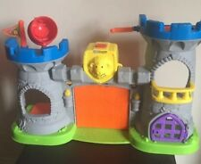 Fisher-Price Little People Mighty King's Castle Playset Fort Jail Drawbridge