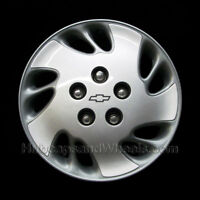 "Chevy Malibu 15"" hubcap 1999 - Professionally Reconditioned"
