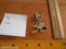 Donald Duck sparkle Christmans present Disney Pin LE