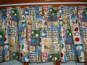 COUNTRY at HEART beige HEN apple GOOSE Rooster CHICKEN premade LINED VALANCE