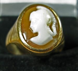 9 ct Men's Cameo Gold Ring