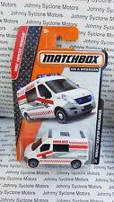 MATCHBOX RENAULT MASTER AMBULANCE EMERGENCY VEHICLE MB RESCUE WHITE V1