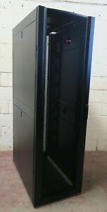"APC AR3100 NetShelter SX Server 19"" 600mm x 1070mm Networking Rack Cabinet 42U"