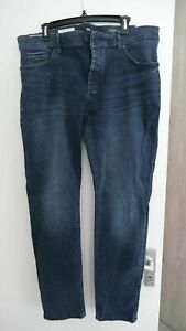 Authentic HUGO BOSS jeans 38 waist X 32 long mens stretch tapered fit denim BNWT