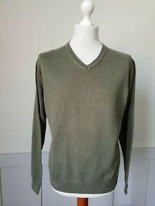 Mens Jos A.Bank V-Neck Green Jumper In Pima Cotton  -Medium- TR89