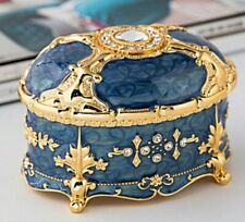 Blue Tin Alloy Vintage Music Box : Close To You @ Carpenters