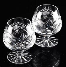 Markenlose Cognacgläser aus Kristall