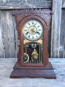 "Antique New Haven ""Mersley"", Kitchen / Shelf Clock"