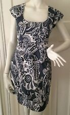 Gorgeous French Connection Womens dress size 6 grey and white