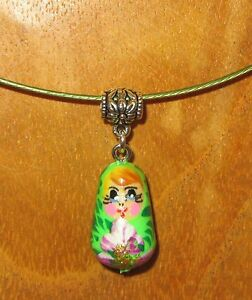 Russian nesting Doll pendant GREEN Babushka matryoshka Memory Wire Cord Necklace
