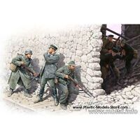 """WHO""S THAT!"" 3 GERMAN AND 3 SOVIET SOLDIERS 1/35 MASTER BOX 3571 DE"