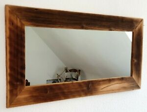 Spiegel mit handgefertigtem Rahmen aus Altholz vintage