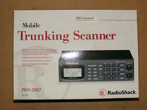 New Radio Shack Pro-2067 500chl Trunking Frequency Scanner