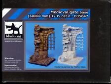 Blackdog Models 1/35 MEDIEVAL GATE Resin Display Base