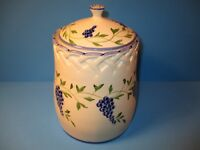 Casafina Portugal Pottery Ceramic Canister LARGE Jar w/Lid Grapes And Vines