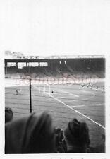 Orig. Foto Wehrmacht Soldaten im Fussballstadion Frankreich 2.WK