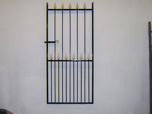 6 ft  tall single gate for a 3 ft 6 ins opening with narrow bottom gaps R/H