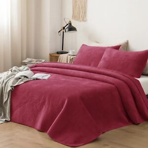 Kasentex Hotel Luxury Quilt Set with Ultra Soft Brushed Microfiber. Winter
