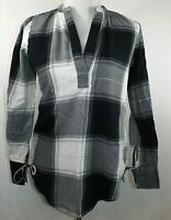 Ann Taylor LOFT Women's Size XS Shirt Blouse Long Sleeve Black White Gray Silver