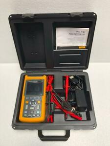 FLUKE 123 INDUSTRIAL SCOPEMETER 20 MHz WITH ACCESSORIES AND CASE #3