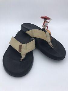 Reef Men's Size 8 Tan Suede Flip Flop Sandals Comfort Rubber Sponge Outsole Nice