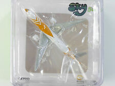 SKY 500 Boeing 777-200er SCOOT metallo scale 1:500 Plane OVP 1601-24-04