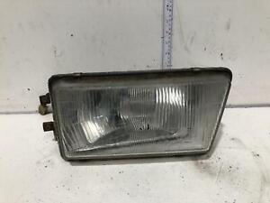 Toyota TARAGO Right Headlight YR20 02/83-10/85