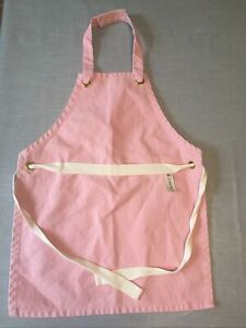 RARE Le Creuset Pink Infant Cooking Apron age 3 - 6 years