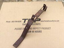 1953 ford victoria sunliner center grille bracket