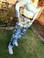 Urban Outfitters Camouflaged Cargo Pants Size 34 waist