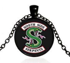 Collier Pendentif Serpent Vert South Side, Riverdale.