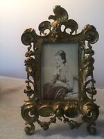 Antique Victorian Art Nouveau Picture Frame Cherubs