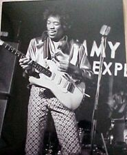 JIMI HENDRIX  8 X 10 BLACK & WHITE PHOTOGRAPH