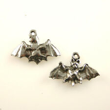 Bat - 5 Silver Tone Lead Free Pewter Charms