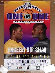 1995 HAKEEM OLAJUWON & SHAQUILLE O'NEAL POSTER - ONE ON ONE TACO BELL SHAQ